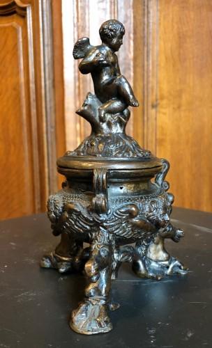 Renaissance bronze inkwell.Late 16th century - Curiosities Style Renaissance