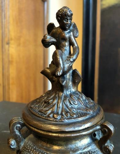 Renaissance bronze inkwell.Late 16th century - Renaissance