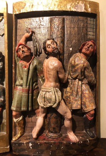 Sculpture  - Two polychrome carved Spanish reliefs16th century