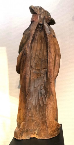 German limewood statue of St-James.Early 16th century. - Middle age