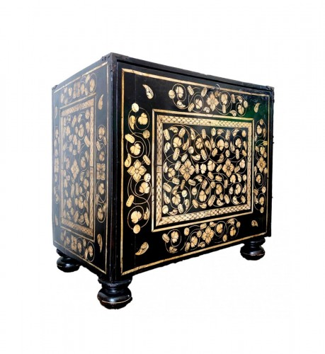 Indo-Portugese table cabinet.Late 17th century.