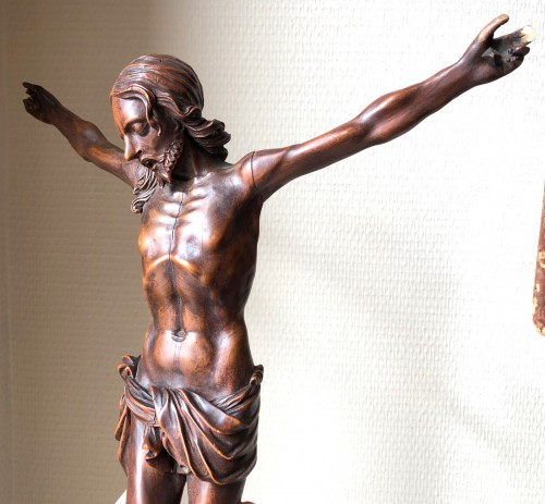 A fruitwood carved Corpus Christi.17th century. - Sculpture Style