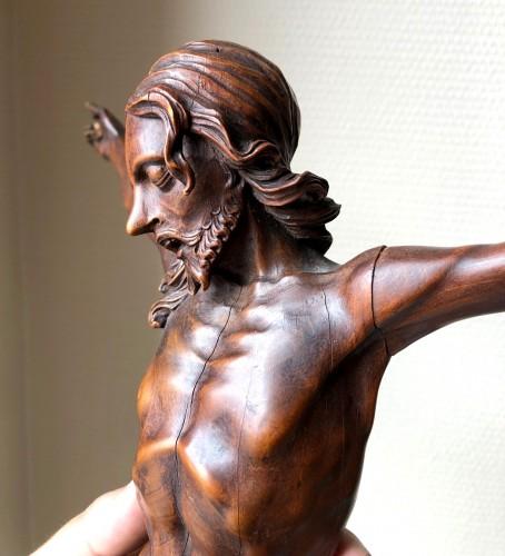 A fruitwood carved Corpus Christi.17th century. -