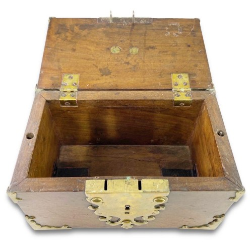 Antiquités - A wood and brass coffre fort.Late 17th century