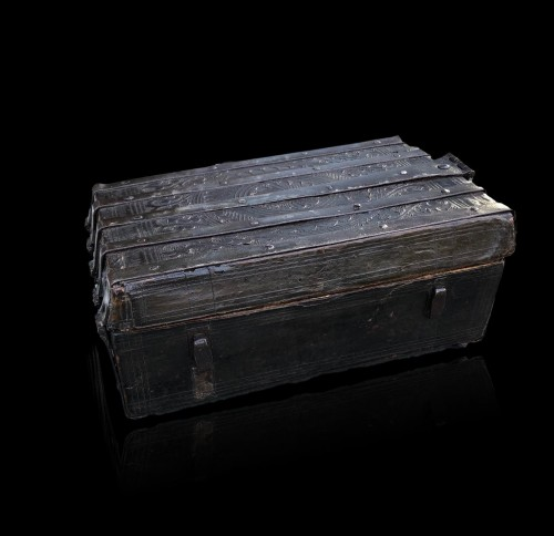11th to 15th century - A gothic leather casket.France.15th century