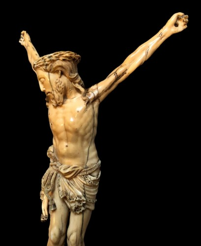 A Goa ivory Christ.17th century -