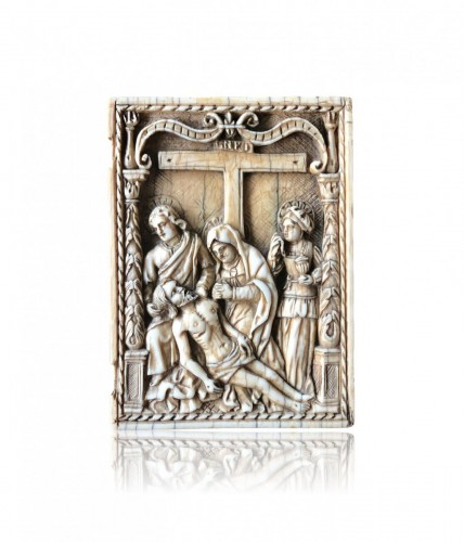 Ivory plaque of a diptych.The Descent from the Cross.Early 16th century. - Renaissance