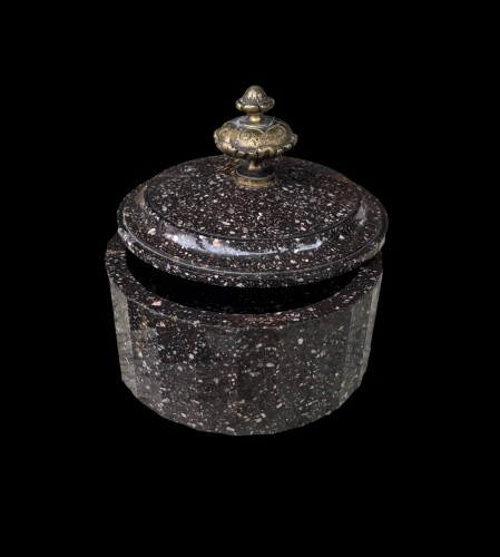 A Swedish poprhyry butter box Circa 1810 - Objects of Vertu Style