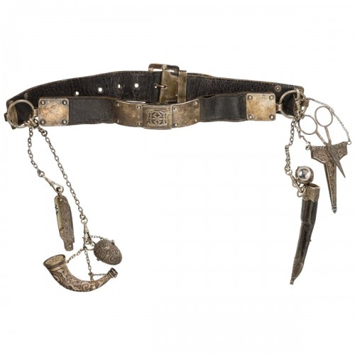 Leather and silver women's belt, 19th century - Curiosities Style