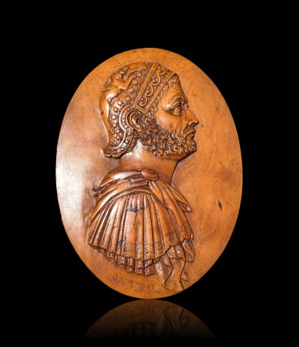 An oval boxwood relief of Hannibal18th century - Sculpture Style