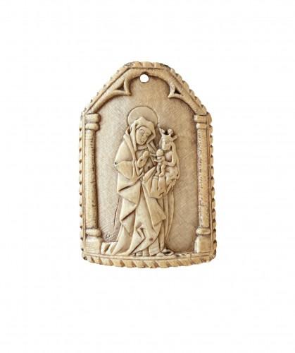 Ivory Pax with St-Ann Circa 1480