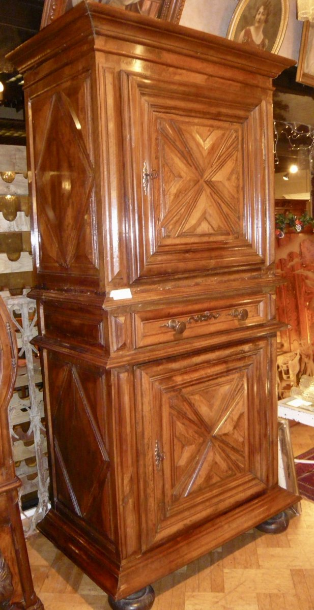homme debout poque louis xiii xviie si cle. Black Bedroom Furniture Sets. Home Design Ideas