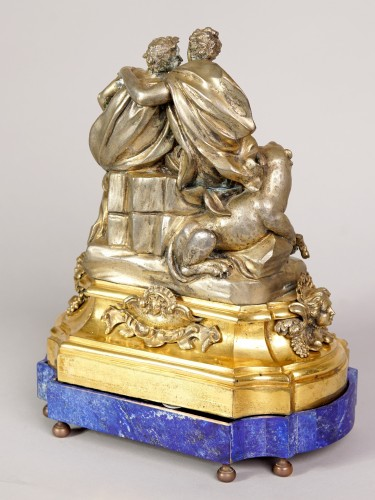 Gilted and silvered bronze center piece, early XVIII century - Sculpture Style French Regence