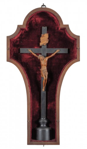 Very fine boxwood crucifix, attributed to Andrea Fantoni, late 17th century