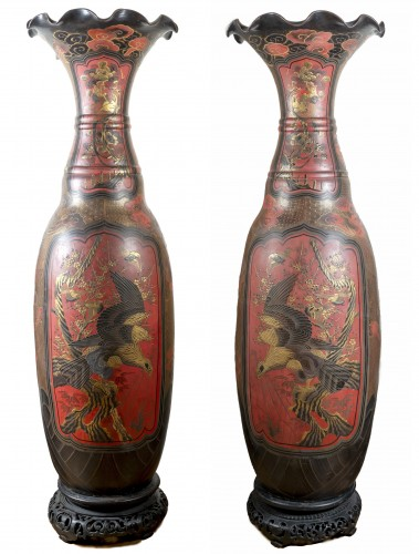 Paire of very large earthenware vases, Japon, 19th century