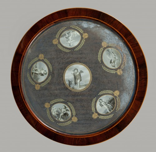 Elegant gueridon with top decorated with very refined gouaches, early XIX - Furniture Style Restauration - Charles X