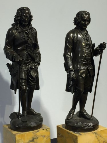 Sculpture  - Early 19th century bronze figure of Voltaire and Rousseau