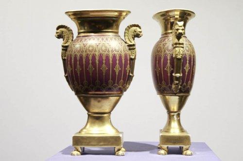 Pair of Paris porcelain vases, Charles X period - Porcelain & Faience Style Restauration - Charles X
