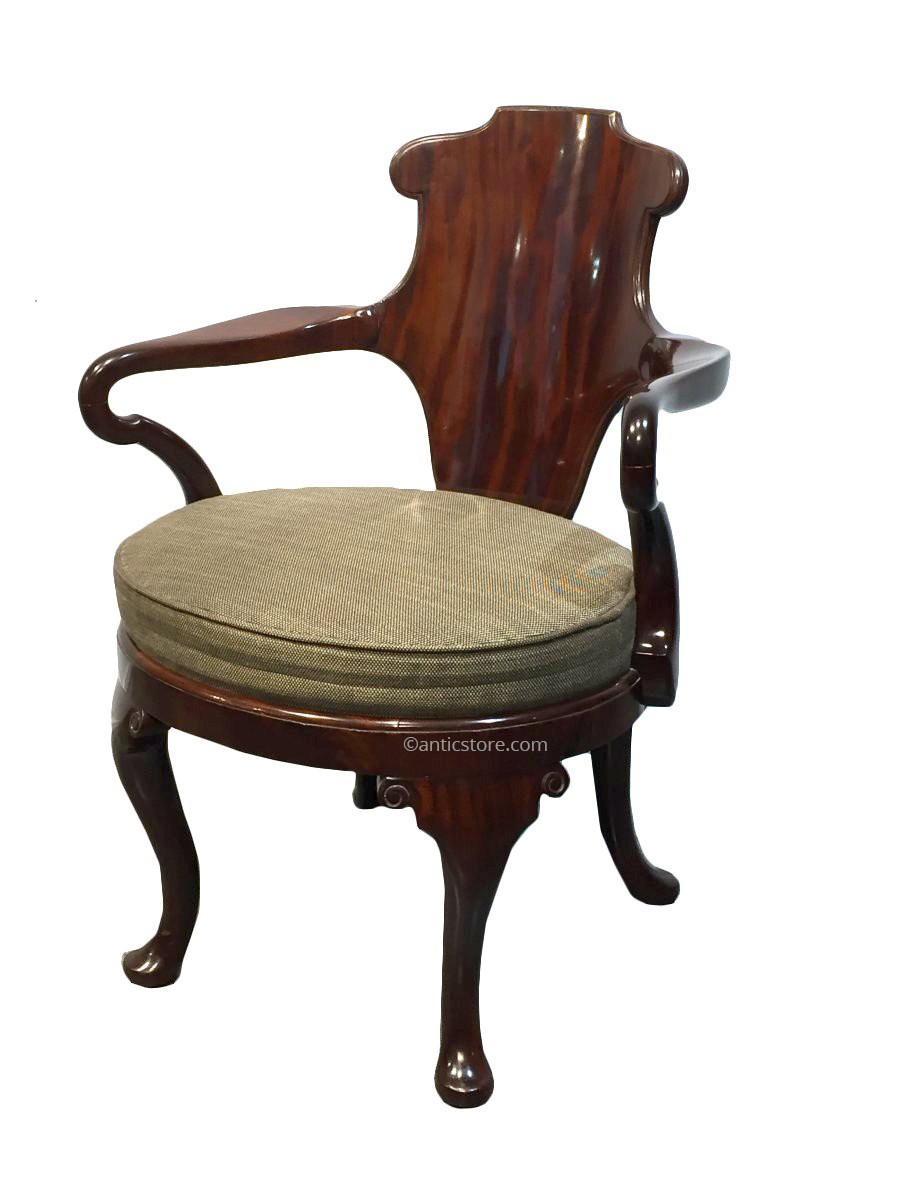 fauteuil ancien style anglais fauteuil ancien style anglais chaise de bureau anglais fauteuil. Black Bedroom Furniture Sets. Home Design Ideas