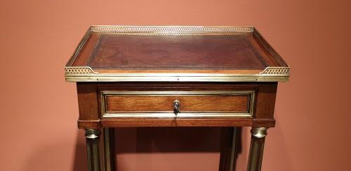 18th century - Small Louis XVI table