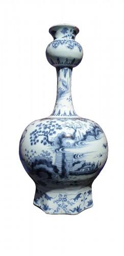 Late 17th century Delft vase