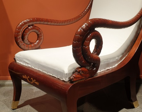 Antiquités - Large Russian mahogany armchair