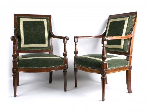 A Directoire (1795-1799) period pair of mahogany armchairs from the saint cloud castle. stamped jacob. 18th century.
