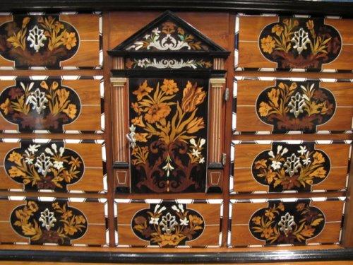A dutch cabinet - Furniture Style