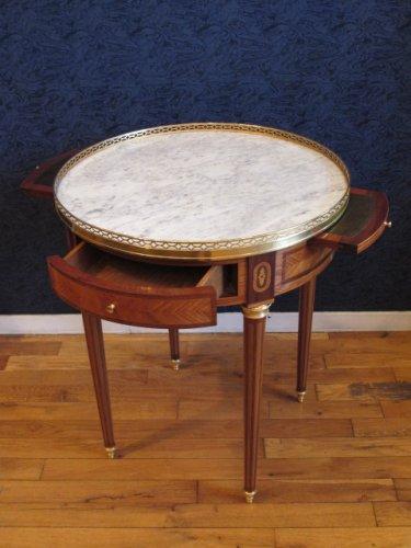 A louis xvi style bouillotte table. napoleon iii period (1848-1870) - Furniture Style