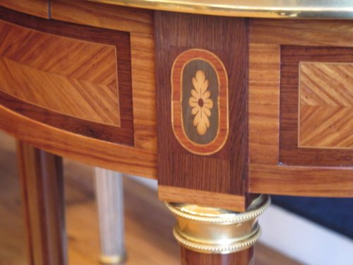 19th century - A louis xvi style bouillotte table. napoleon iii period (1848-1870)