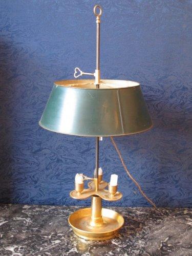 A Louis XVI style bouillotte lamp, Napoleon III period (1848 - 1870)