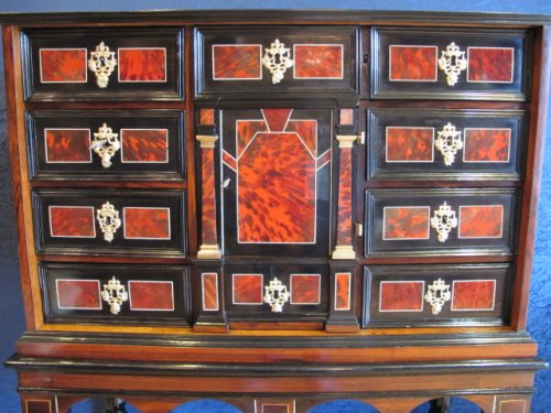 A marquetry cabinet, 17th century - Furniture Style Louis XIV