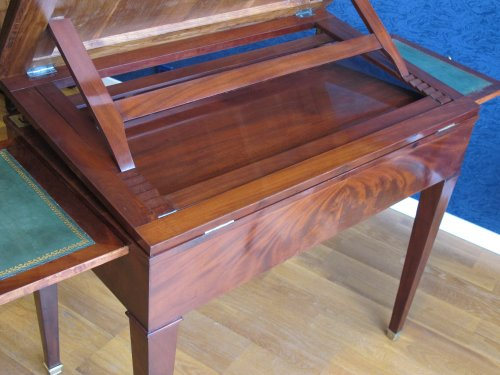 Furniture  - A Directoire architect table called à la Tronchin
