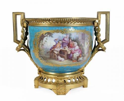 A Sèvres porcelain Cachepot
