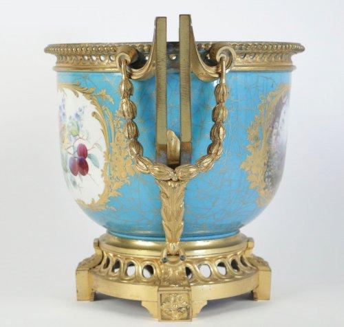 A Sèvres porcelain Cachepot -