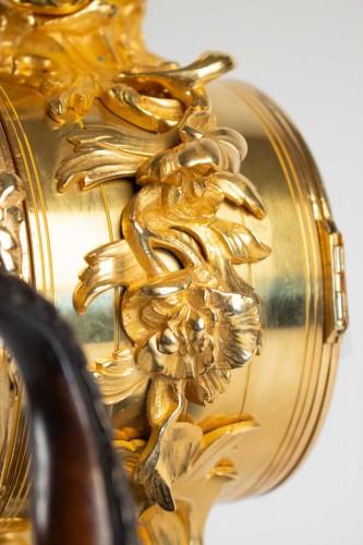 """19th century - Bronze Mantel lock """"à l'éléphant"""""""