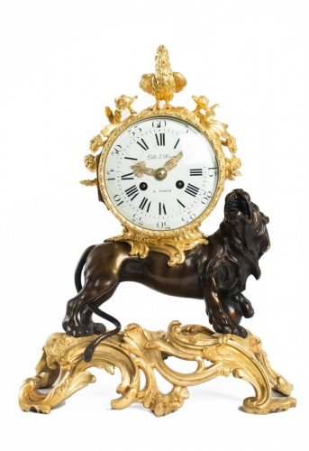 "A bronze clock ""au lion"""