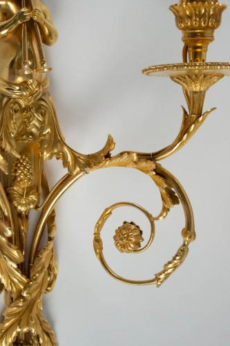 19th century - A Pair of wall lights