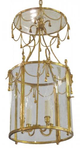 A Louis XVI style lanterne.