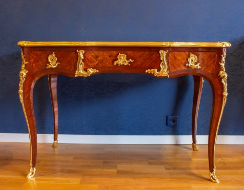 A Louis XV style writting desk