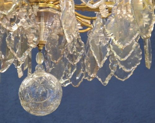 Lighting  - An important cut crystal and gilt bronze chandelier