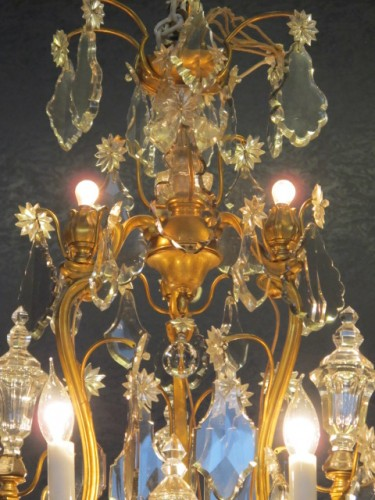 A Louis XV style chandellier from the Napoleon III period (1848 - 1871). - Lighting Style Napoléon III