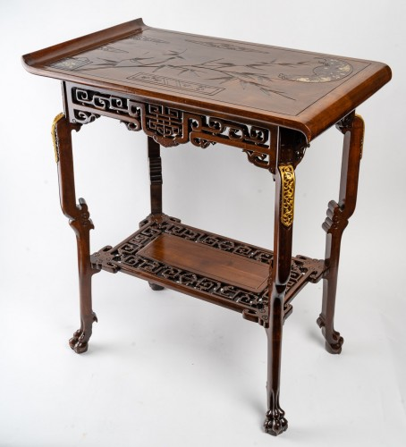 19th century - A Table signed Viardot.