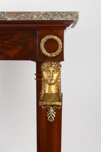 A 1st Empire period (1804 - 1815) console table. - Furniture Style Empire