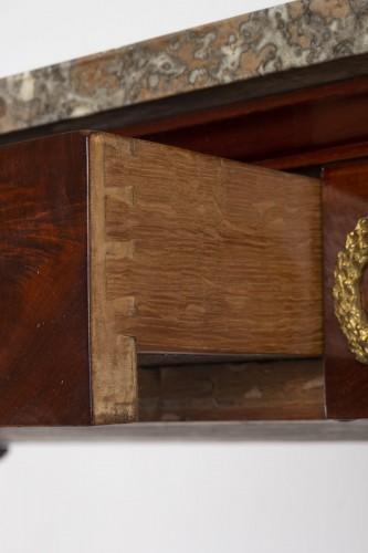 A 1st Empire period (1804 - 1815) console table. - Empire