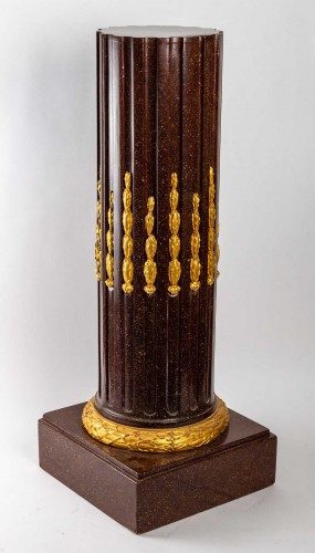 A Napoleon III Column - Decorative Objects Style