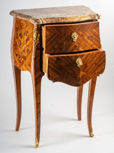 20th century - A Pair of bedside tables in Louis XV style