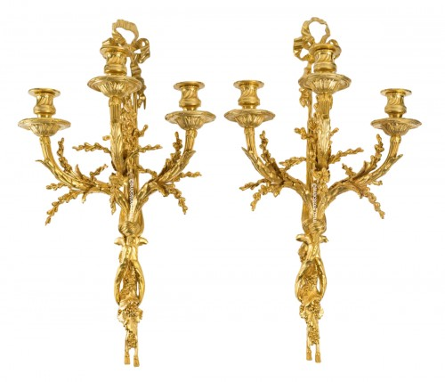 A Pair of wall-lights in Louis XVI style - Henry Dasson 1881