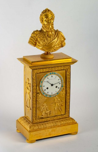 Horology  - A Restauration period clock with a bust of the king Henri IV