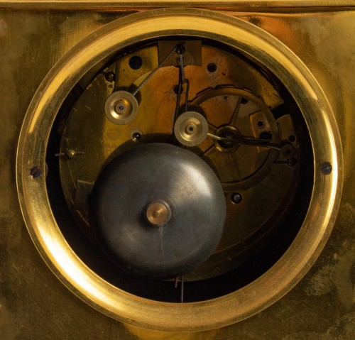 A Restauration period clock with a bust of the king Henri IV -